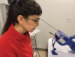 Experimental setup for flexible laryngoscopy (top) and rigid laryngoscopy and speech (bottom). © Source Rameau et al.